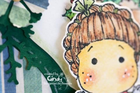 Weihnachtskarte - Unwrapped Tilda am Kamin 2