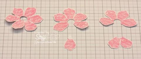 """3D Rose aus dem Stempelset """"Zeitlos"""" - Schritt 2"""