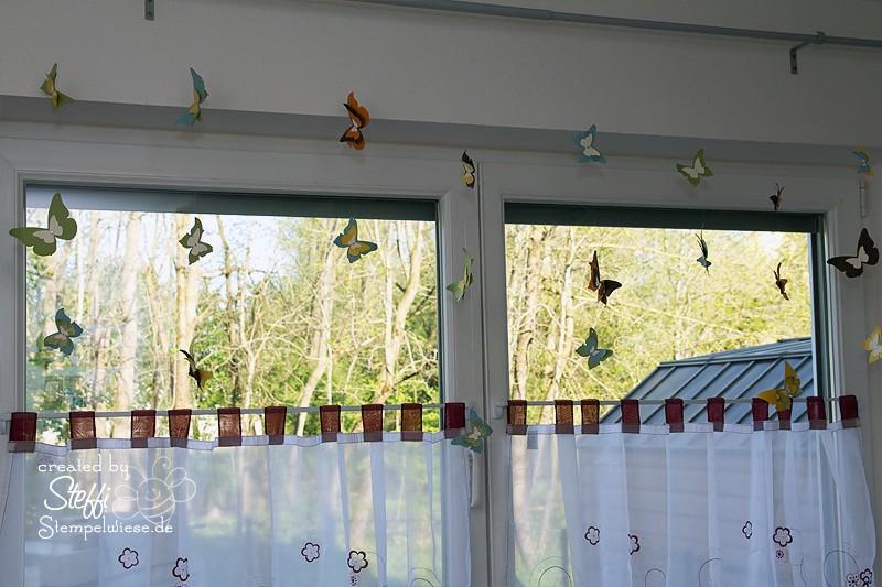 Deko am Fenster mit zauberhaften Schmetterlingen 1