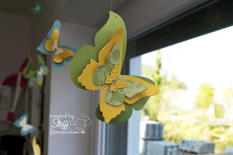 Deko am Fenster mit zauberhaften Schmetterlingen 2