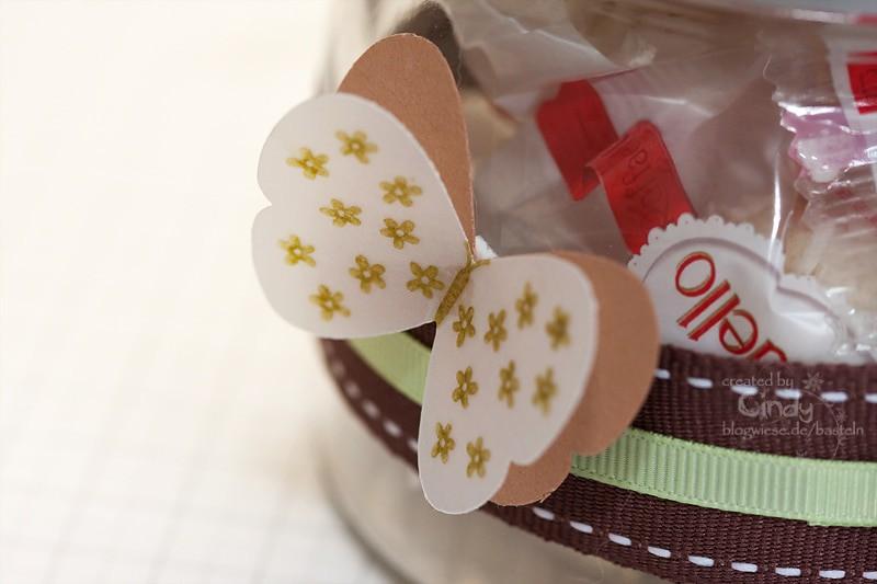 Glas Burken verziert mit Schmetterlingen und Geschenkband - Seite