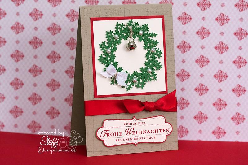 Weihnachtskarte mit Weihnachtskranz und Glöckchen 1