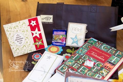Weihnachtspost und der Inhalt der Pakete 2