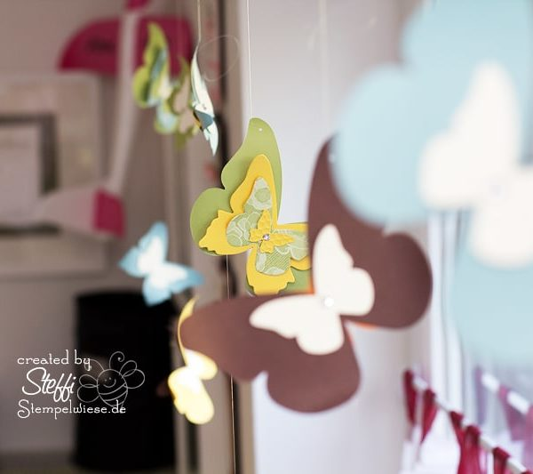 Deko am Fenster mit zauberhaften Schmetterlingen 9