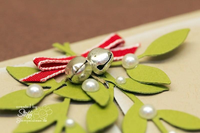Weihnachtskarte mit Eingangstür und Mistelzweig 3