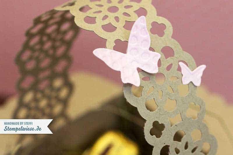 Osterkörbchen aus Umschlag mit Zierlasche 2