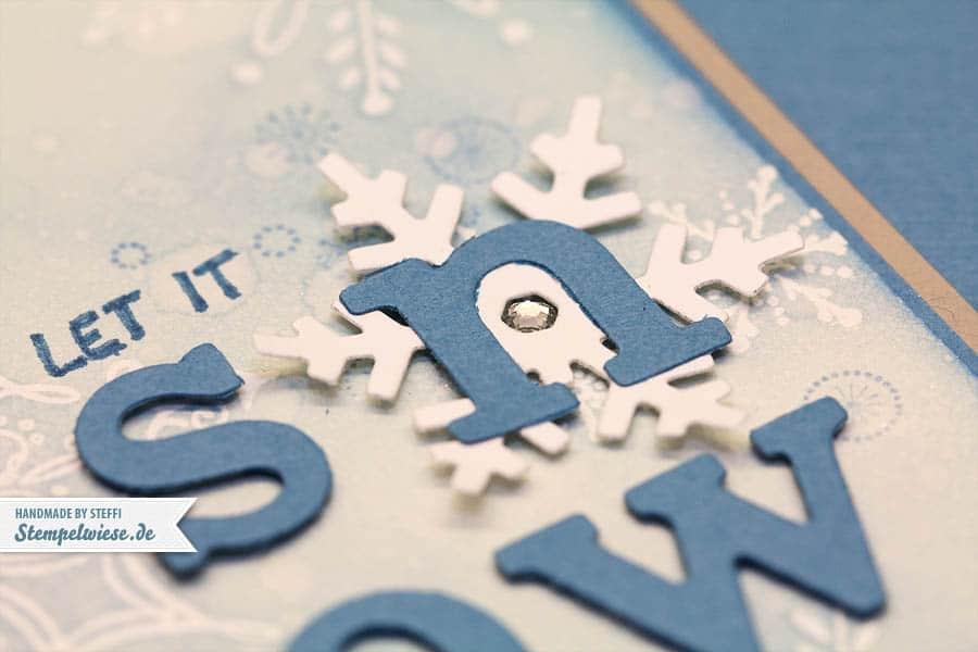 Weihnachtskarte - Serene Snowflakes 3