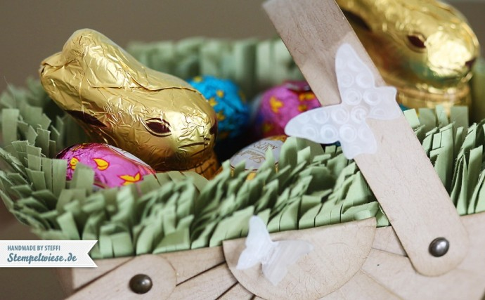 Osterkörbchen gefüllt mit Schokolade