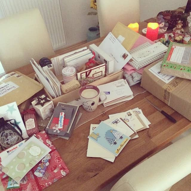 Weihnachtspost lesen und öffnen <3 #ruhe #weihnachten #weihnachtspost #gemütlich #Kaffee #schonmaldanke #stempelwiese