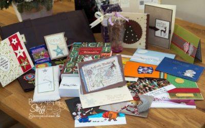 Weihnachtspost und der Inhalt der Pakete