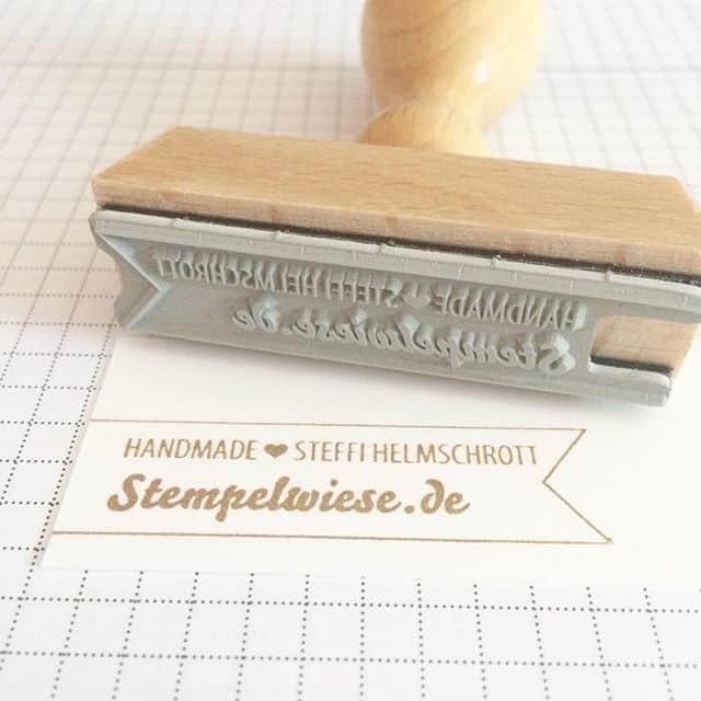 Vor über einem Jahr den Nachnamen geändert. Nun endlich auch einen neuen Stempel machen lassen <3 #handmade #stempelwiese #handmadestamp