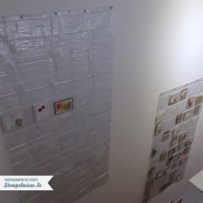 karten-praesentieren-treppenaufgang-stempelwiese-foto-vorhang-viel-platz-151031