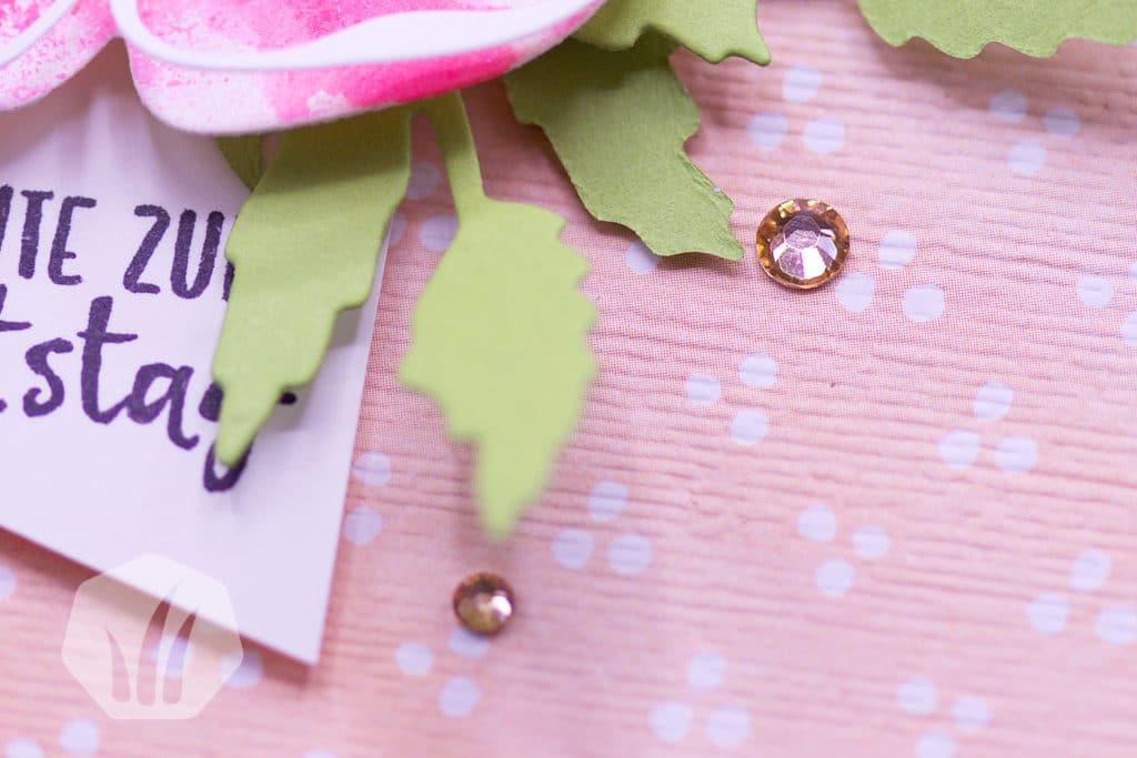 Schnelle Geburtstagskarte Mohnblütenzauber: Detail Strass